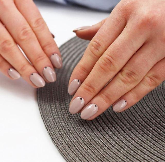 paznokcie hybrydowe - wytrzymałe i efektowne